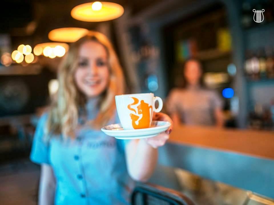 Caffè tostato macinato in inglese